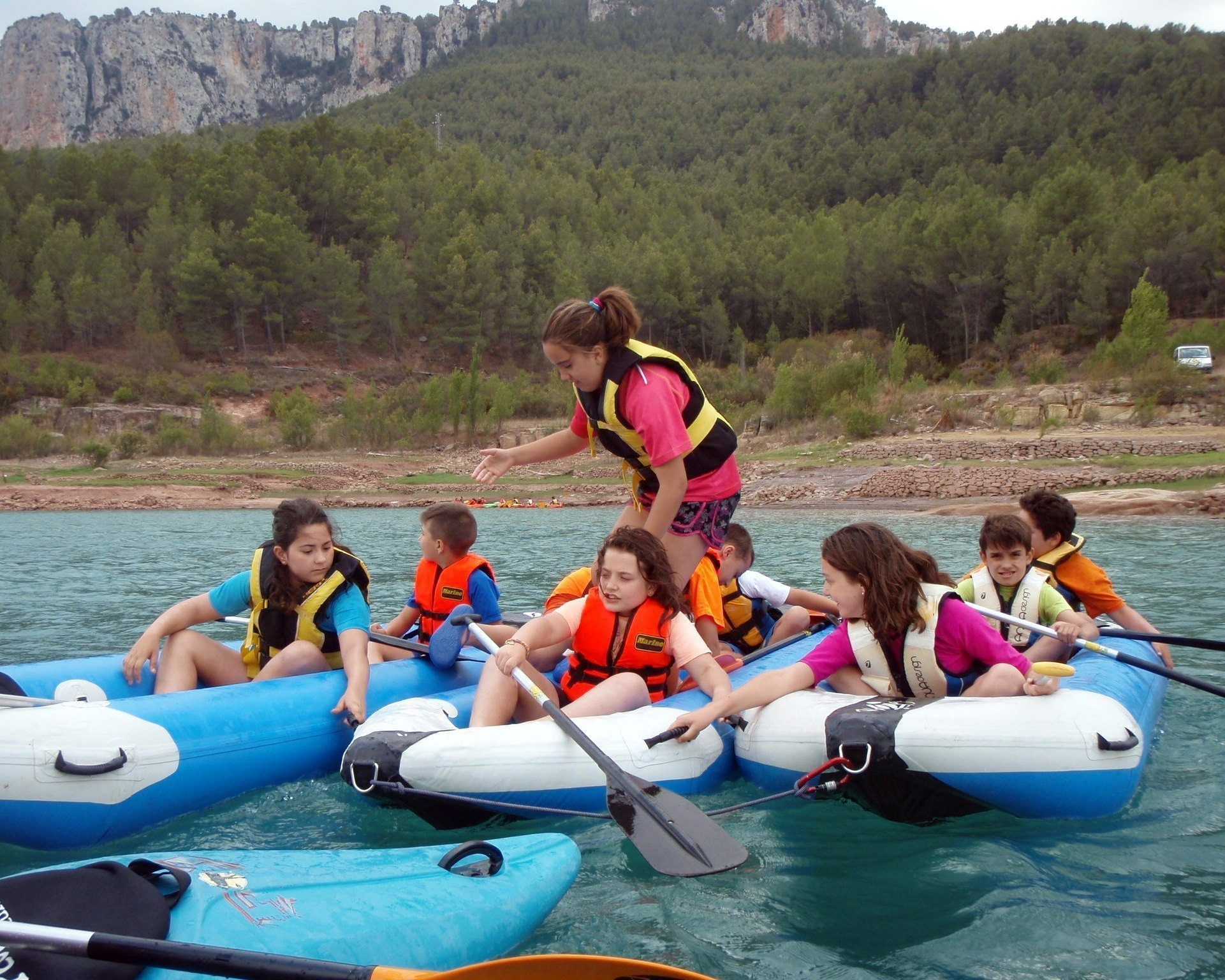 Kayak in the dam 1 with Somos Aventura