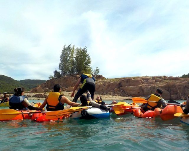 Kayak in the dam 14 with Somos Aventura in Castellón