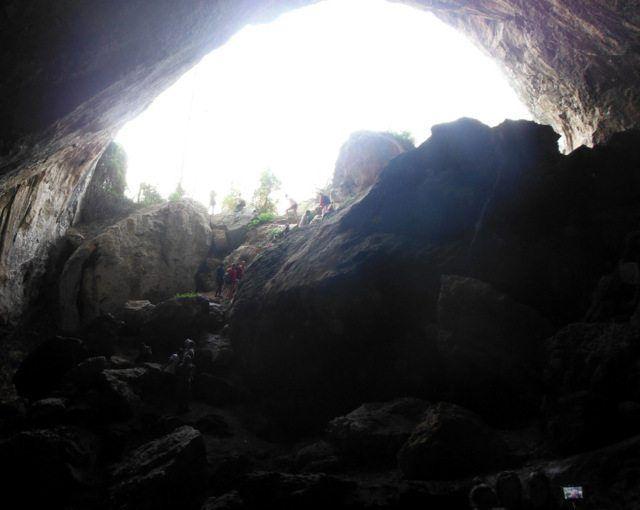 Trekking a la cova Negra