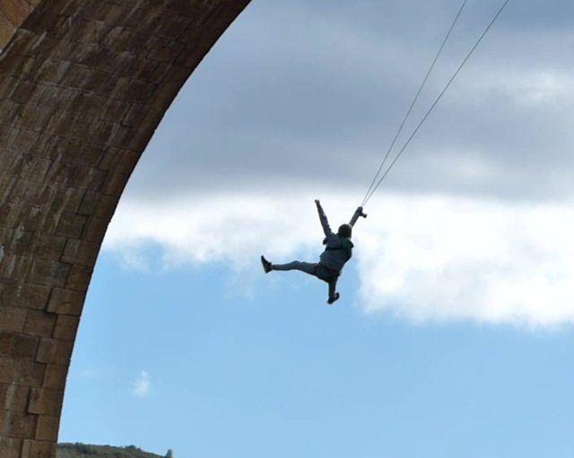 Puenting Albentosa jump